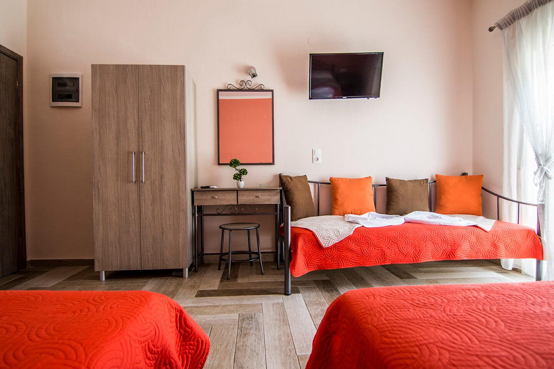 Christodoulos Eleftheria House Room 003 - Nea Vrasna - Rent Rooms - Apartments - Hotel